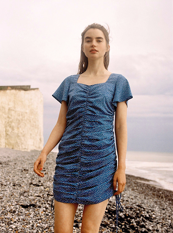 Dotted Square Neck Shirring OP in Blue_VW9MO0580