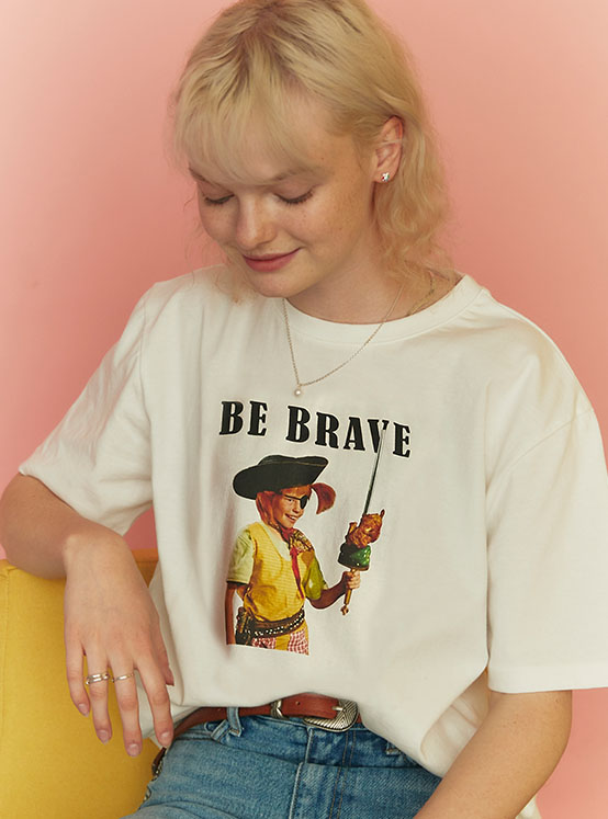 X PIPPI Brave Tee in White_VW0ME1800
