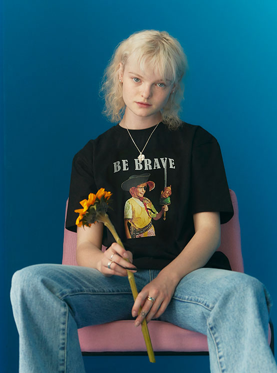 X PIPPI Brave Tee in Black_VW0ME1800