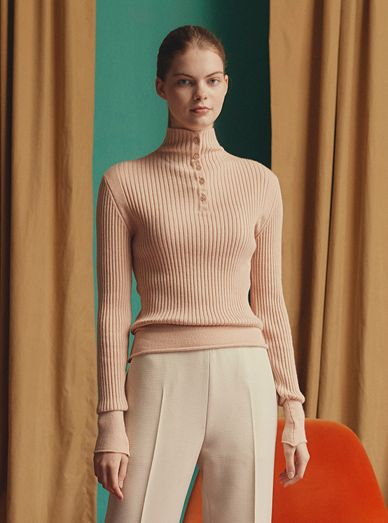 Button Ribbed Knit in Beige_VK0AP2300